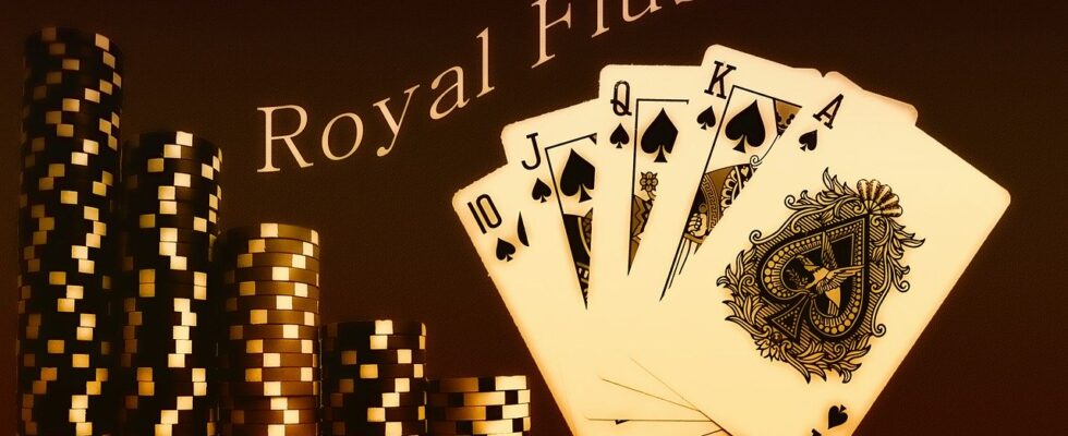 Online Poker - How to Increase Your Odds of Winning